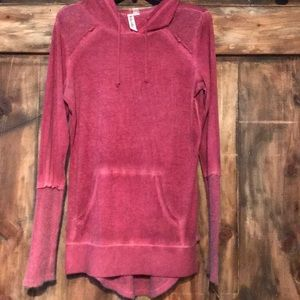 NWOT Red pullover
